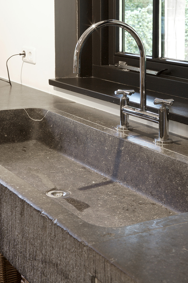 Old sink on pinterest vintage sink outdoor sinks and vintage farmhouse sink - Oude keuken wastafel ...
